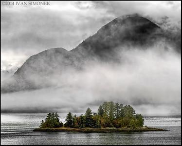 """""""FOGGY ALASKA 2"""",Dead man`s island,USA.."""