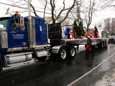 SANTA'S XMAS PARADE - Manawagonish Rd - First float Scotiabank
