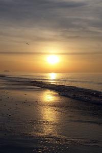 Sunrise reflection_DSC9333 S