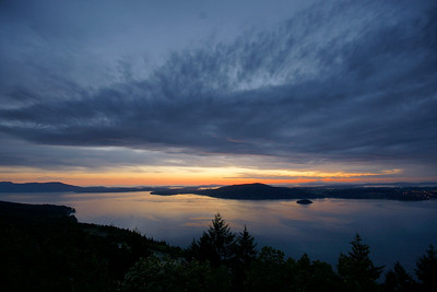 Predawn sky, Malahat Lookout, - May 2, 2009