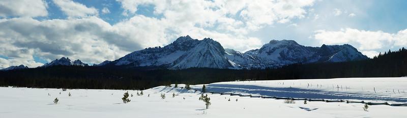 Front Sawtooth Panorama