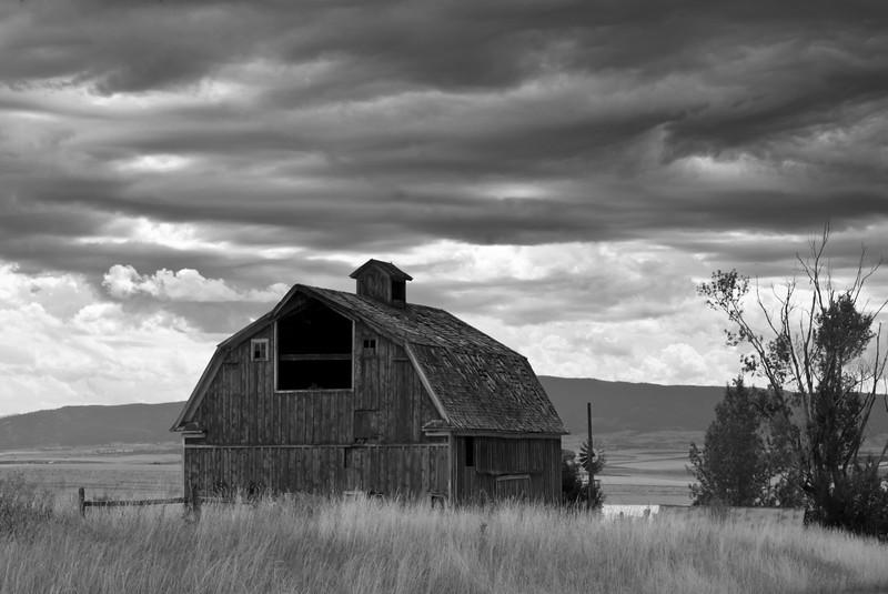 Camas Prairie Barn