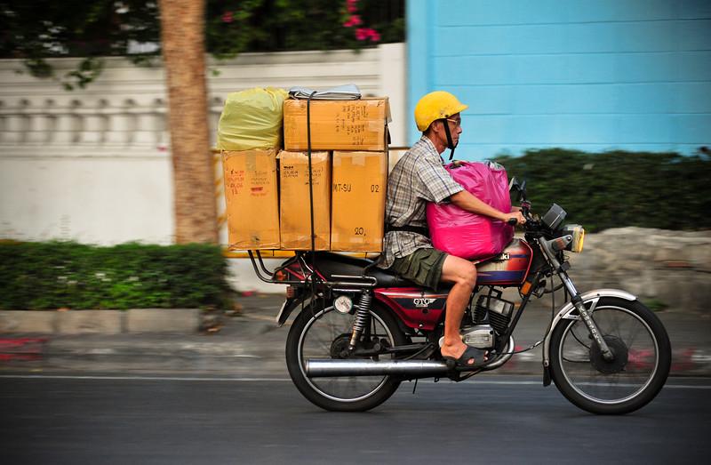 Delivery man, Bangkok (Thailand)