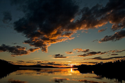 Sonnenuntergang am Kallsjön bei Konäs - Jämtland, Schweden Sunset at Lake Kallsjön near Konäs - Jämtland, Sweden