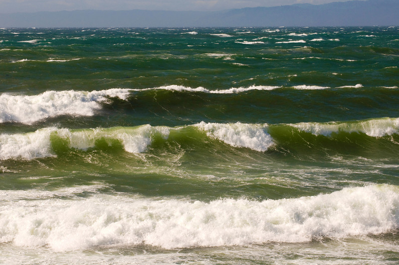 Waves & High Wind