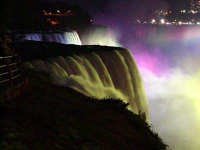Niagara at night