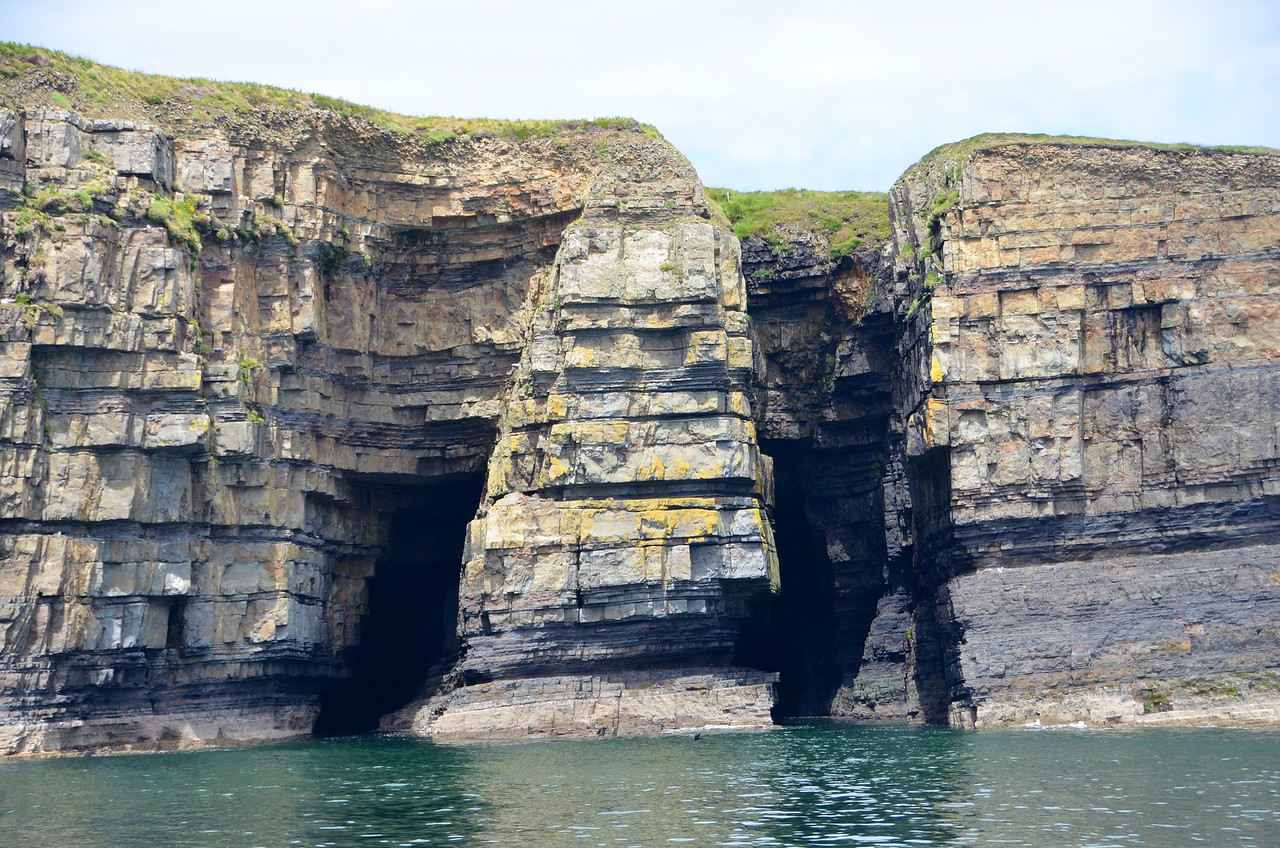 Faulted turbidites of the Ross Formation