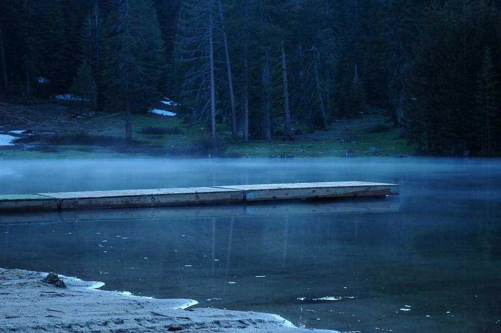 Montecito Lodge - Lake at dusk