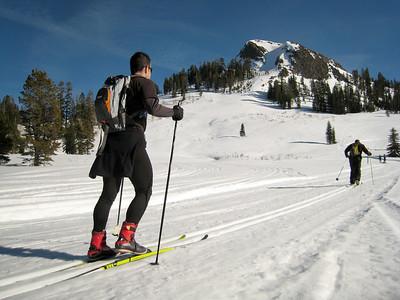 Donner Summit: Royal Gorge / Castle Peak; Feb 08