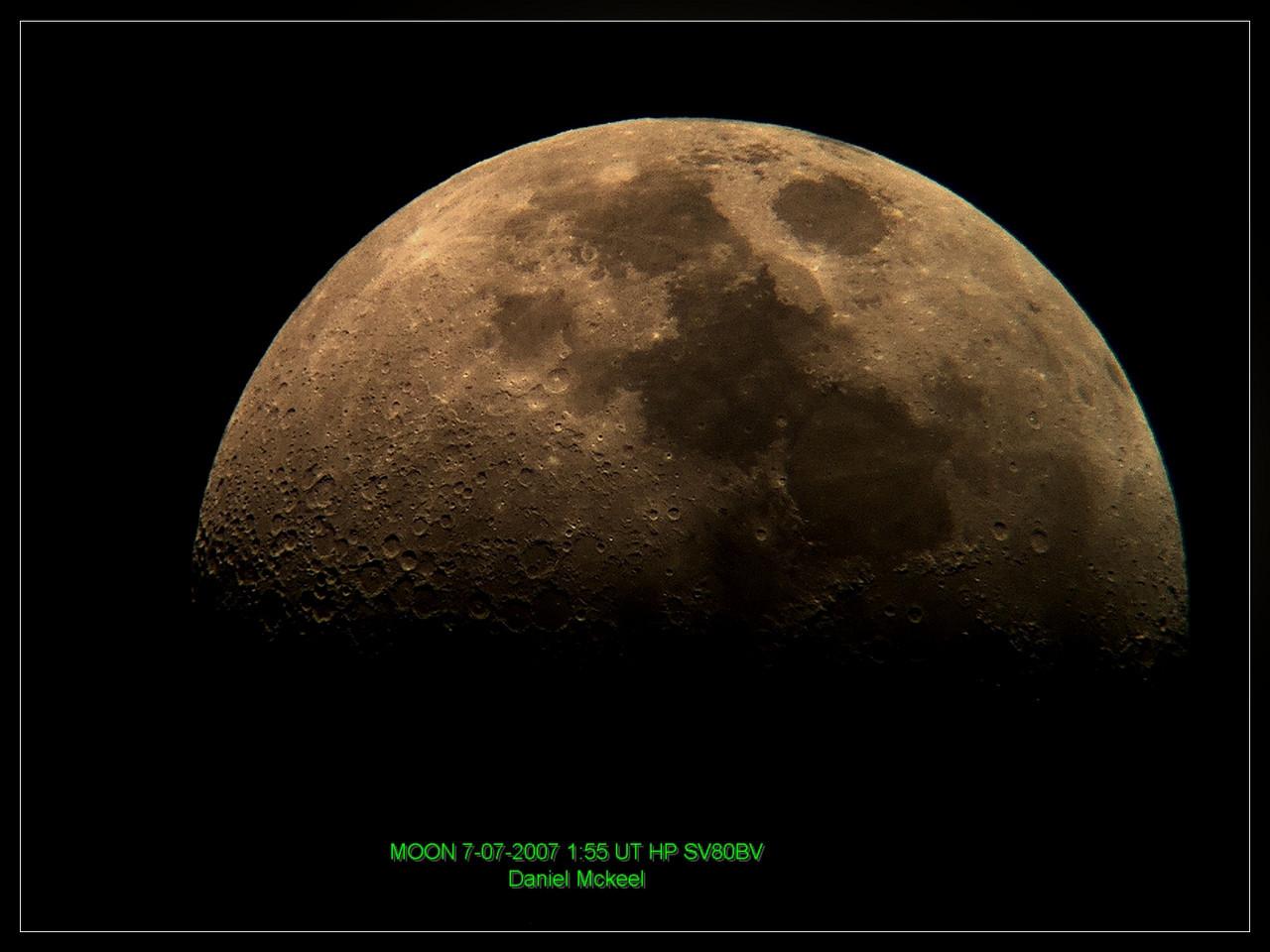 July 07, 2007 - Moon   Image by Dan McKeel.