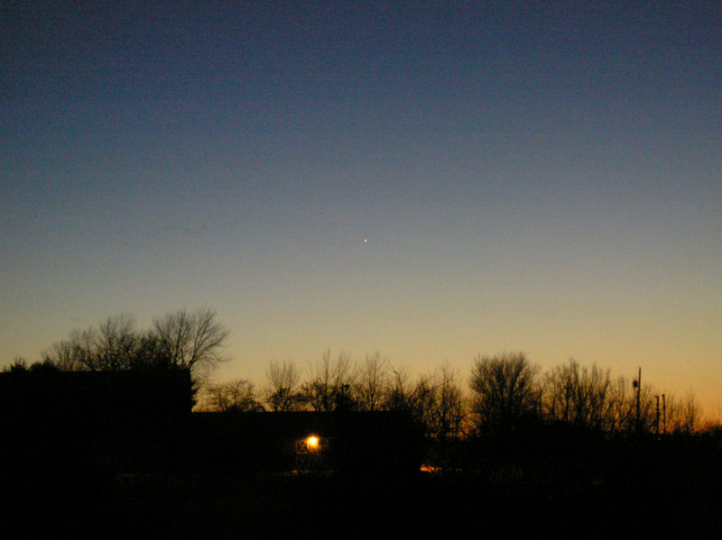 Image of Mercury taken Jan 31, 2008 in the Western Sky taken by Jim and Renee Klueber with  OLYMPUS DIGITAL CAMERA