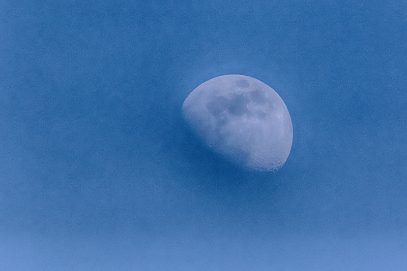 Faint moon in the afternoon sky. HDR efx balanced from single exposure.