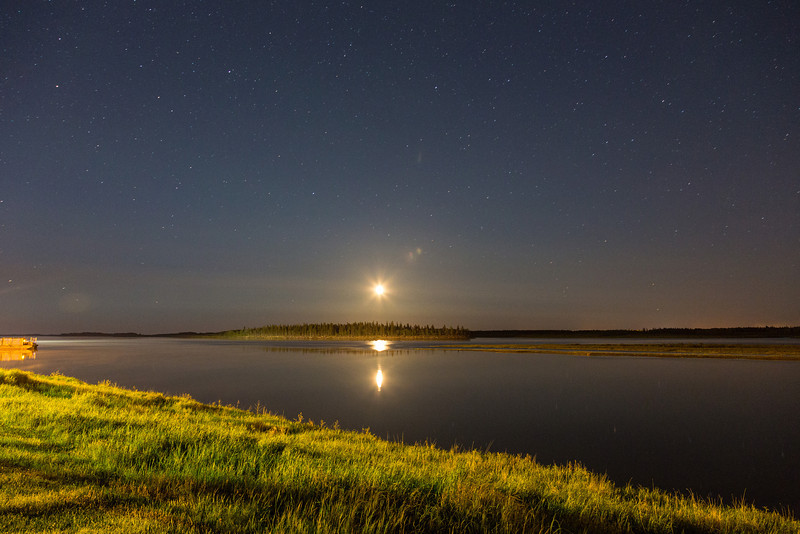 Moon rising over Butler Island. 30 second exposure.