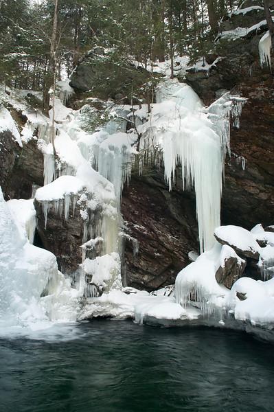 Winter at Bingham Falls 2
