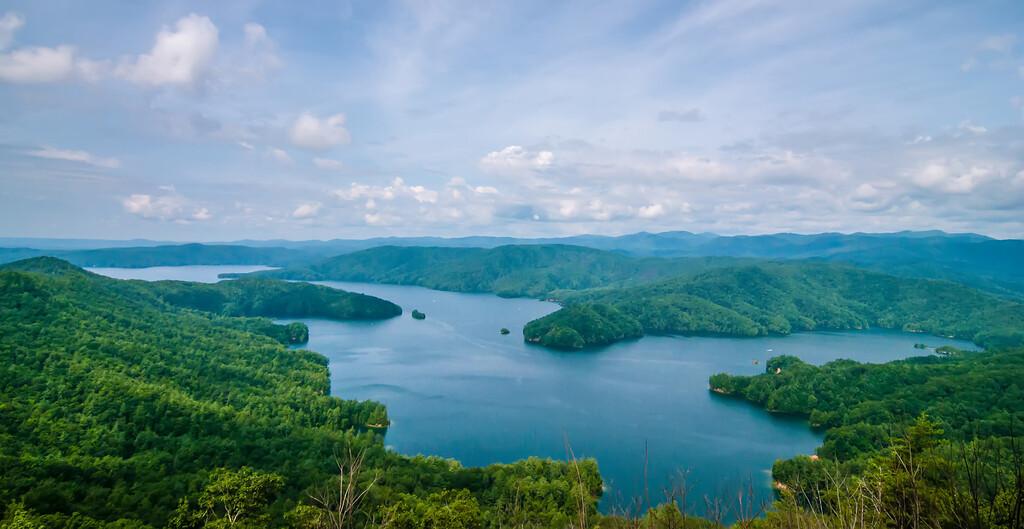 South Carolina Lake Jocassee Gorges Upstate Mountain