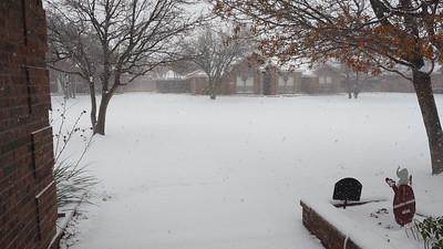 Snow 12-27-15 Midland