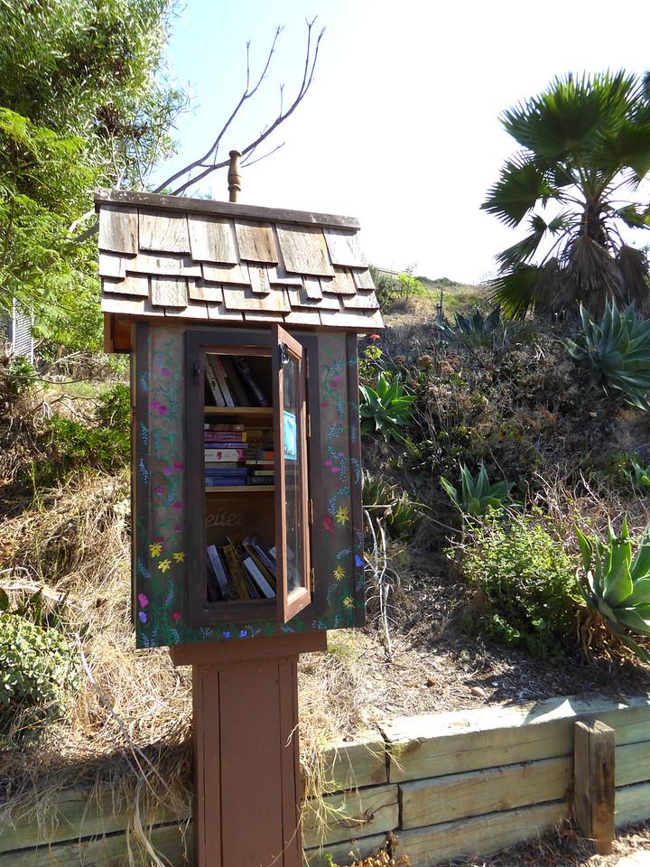 Books for free loan Hike on Bikepath 151020