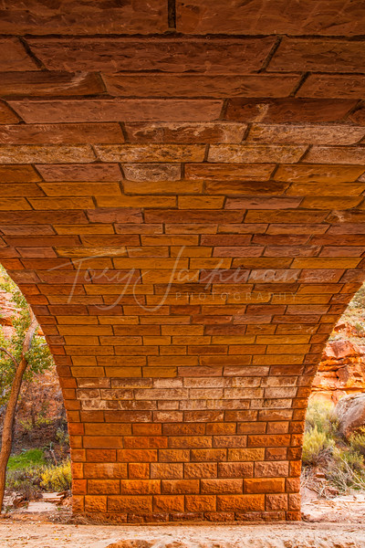 Zion National Park, Multicolored brdige