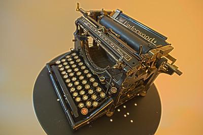 Typewriter_HDR2C