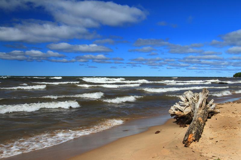Lake Superior is Making Waves 4