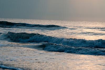 Hilton Head Waves