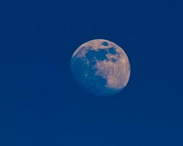 Calistoga Ranch Moon at dusk