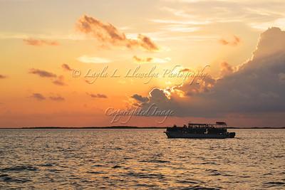 A cruising Florida Bay sunset