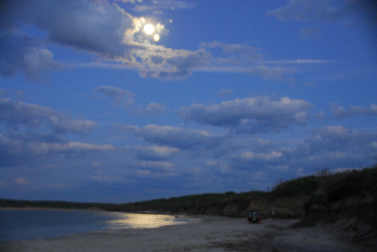 Moonrise in Montauk