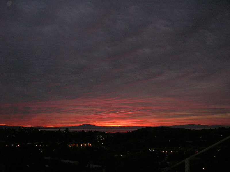 November 23, 2006. Thanksgiving Day, and I'm thankful for glorious sunsets!