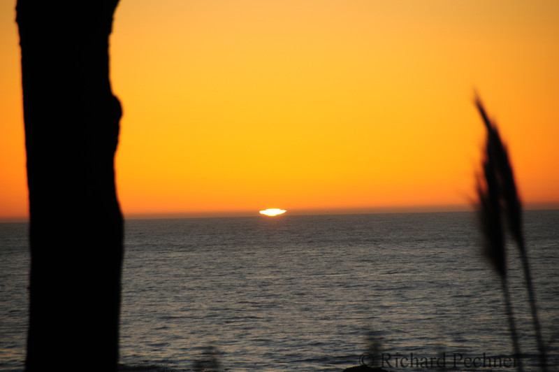 "The extremely rare ""green flash"" as seen from Little River, CA on the Mendocinco Coast"