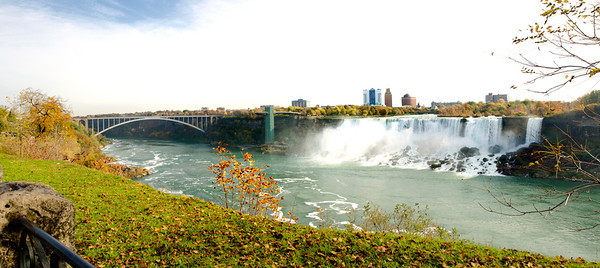 Fall colours at Niagara