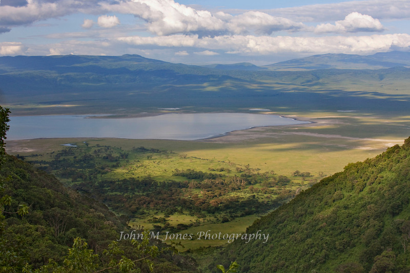 Ngorangora Crater from the exit road, Ngorongoro Crater, Tanzania, Africa