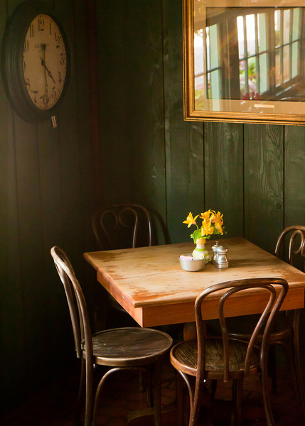 A table in the corner of the Peach Tree Tea Room in Fredericksburg.