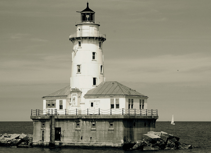 Lighthouse in the Chicago harbor