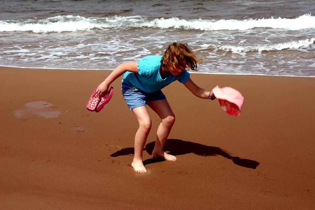 Greenwich beach<br /> 格林威治海滩的小女孩