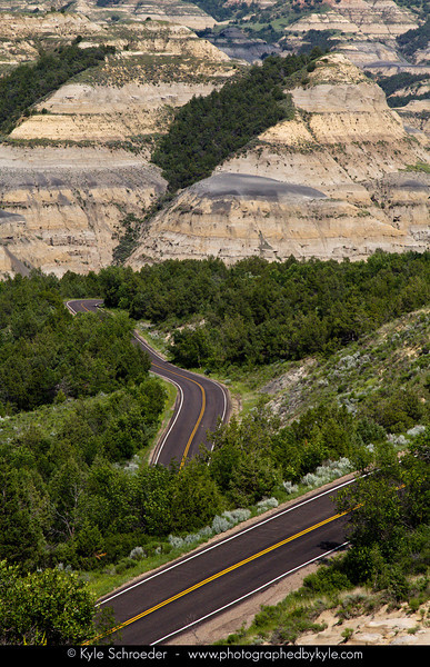 Overlook along the Caprock Coulee Trail<br /> North Unit