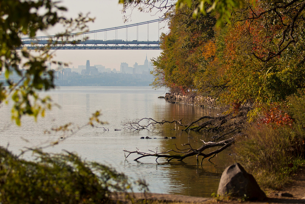 Along the Hudson on a fine fall morning, Englewood Cliffs, NJ
