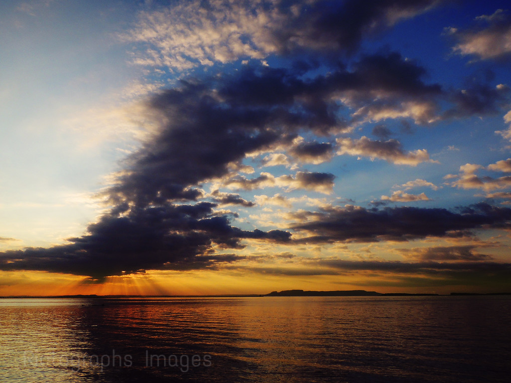 Lake Superior, Sunrise, Nanabijou, Thunder Bay, Ontario, Canada  Summer 2016