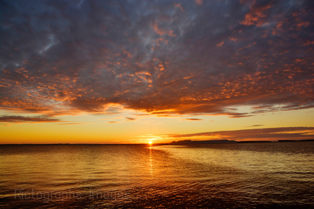 A Lake Superior, Nanabijou, Sunrise,Thunder Bay, Ontario, Canada