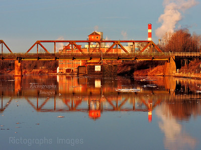Swing Bridge, Golden Light, 2019