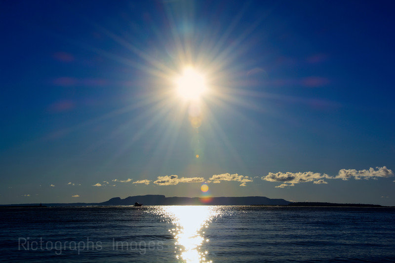 Nanabijou, The Sleeping Giant, Sibley Pennisula, Lake Superior, Thunder Bay, Ontaro, Canada, Ric Evoy, Rictographs Images 22