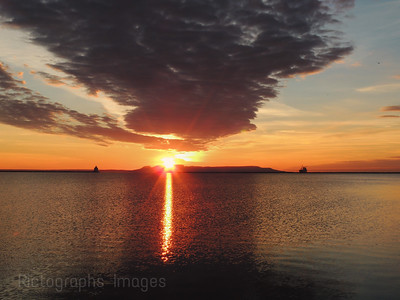 Sleeping Giant, Sunrise, Lake Superior, Thunder Bay, Ontario, Canada, Colourful Sky,