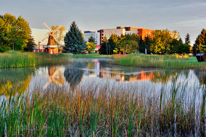 Early Morning, Friendship Gardens, Thunder Bay, Ontario, Canada Fall 2015