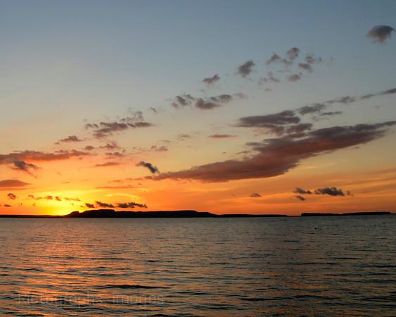 Nanabijou Sun Rise, Lake Superior, Thunder Bay, Ontario, Canada