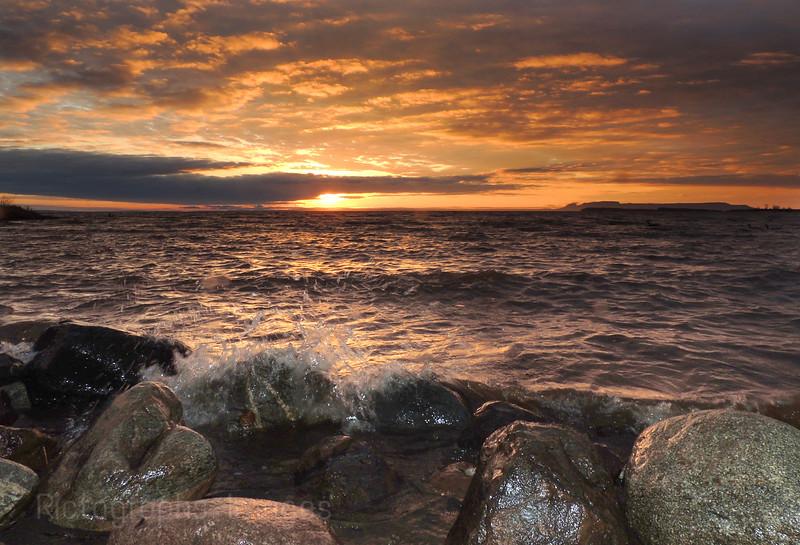 Nanabijou Sunrise, Lake Superior, Thunder Bay, Ontario, Canada Spring 2016, Rictographs Images, Photography