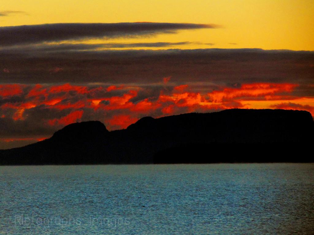 Nanabijou, Sun Rise; Lake Superior; 2015