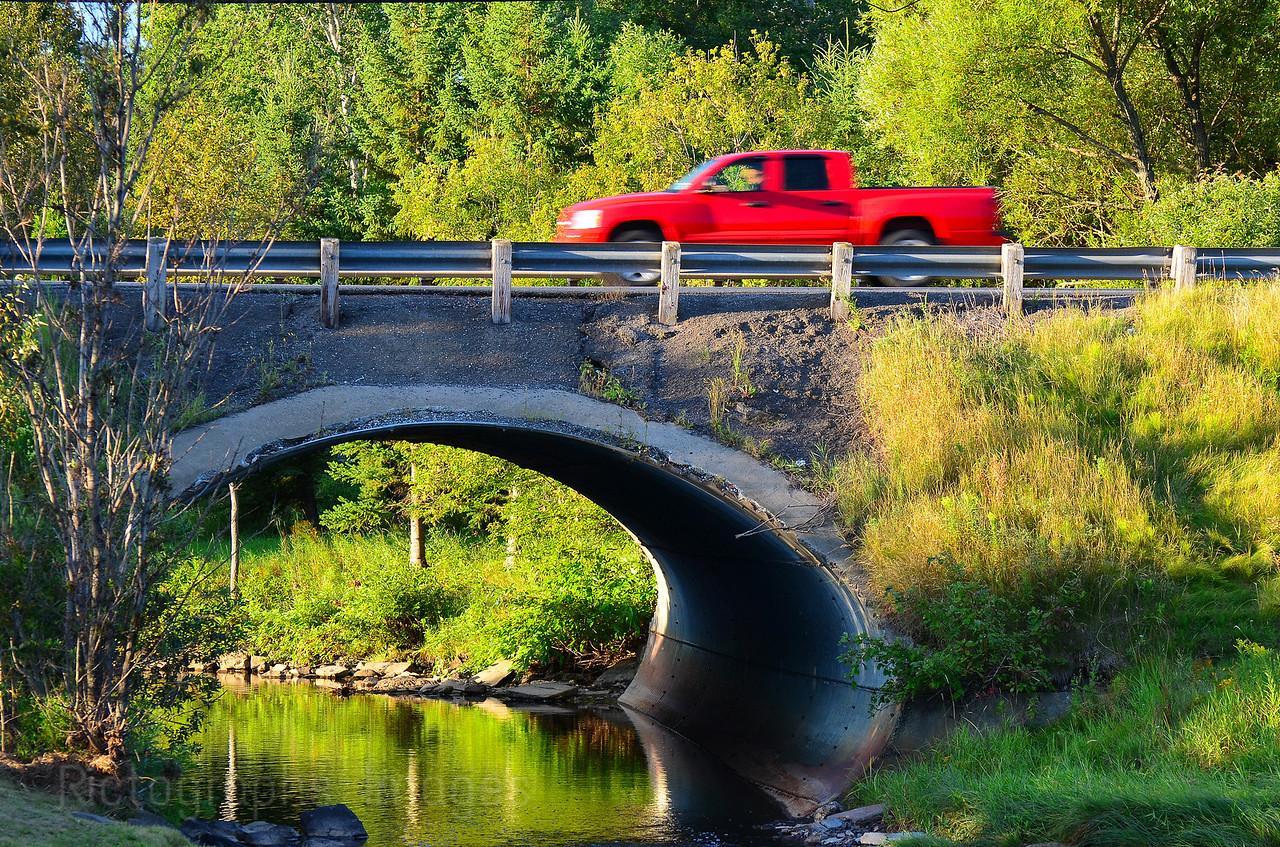 Central Avenue, Early Morning Traffic, Thunder Bay, Ontario, Canada