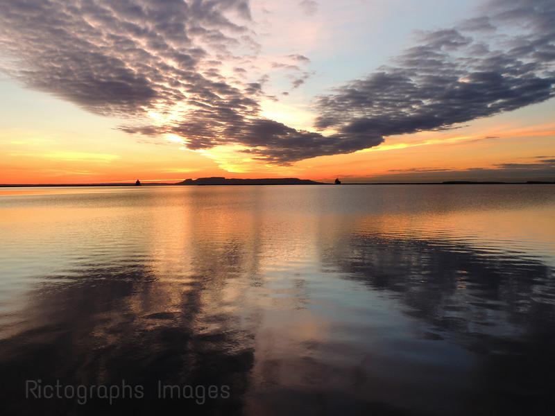 Sleeping Giant, Sunrise, Lake Superior, Thunder Bay, Ontario, Canada, Colourful Sky,