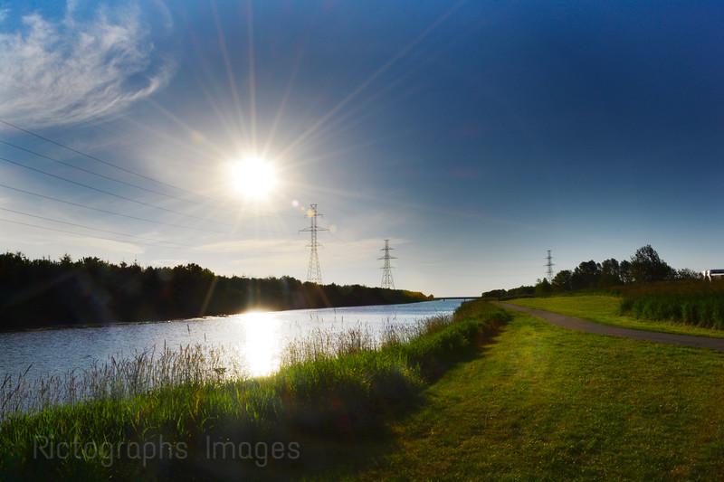 Thunder Bay, Recreation Bike Path, MacIntyre River,