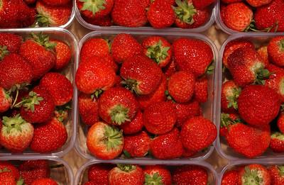 Jordbær i kurv (© Ragnar Våga Pedersen)